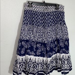 Women's old navy skirt L